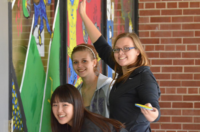 Homecoming 2013 window painting